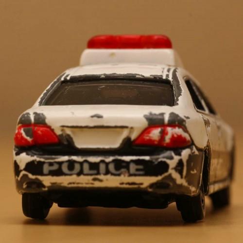 06-2_tomica_patrolcar_s