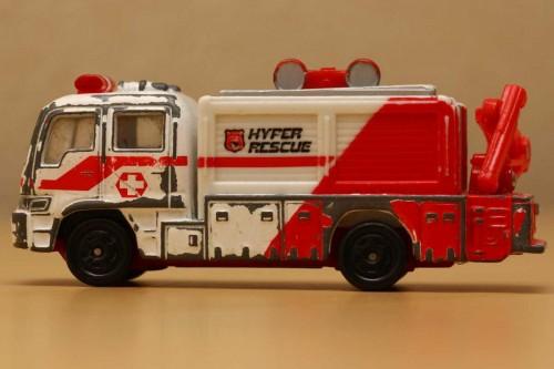 07-1_tomica_hyper-rescue_s